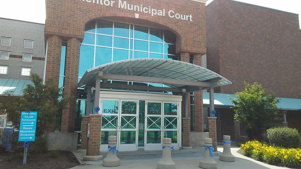. Blue ribbons tied outside Mentor Municipal Court (Betsy Scott - The News-Herald)