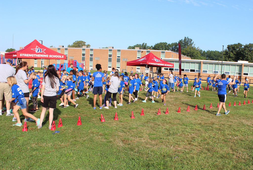 . Royalview Elementary School students run laps for the second annual Roadrunner Dash Fun Run fundraiser on Sept. 22 in Willowick. (Tawana Roberts - The News-Herald)