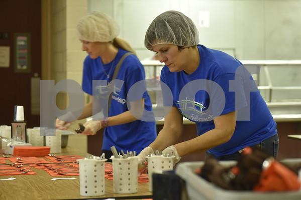 Salvation Army Thanksgiving Prep