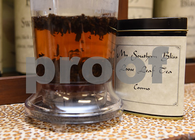 My Southern Bliss loose leaf tea is infused at The Screen Door Antique Mall in Gladewater Wednesday Dec. 28, 2016. Owners Lola and Mark May sell hot and cold teas as well as coffee inside their shop.  (Sarah A. Miller/Tyler Morning Telegraph)