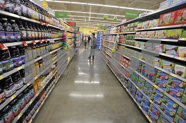 Wal-Mart Neighborhood Market Grand Opening