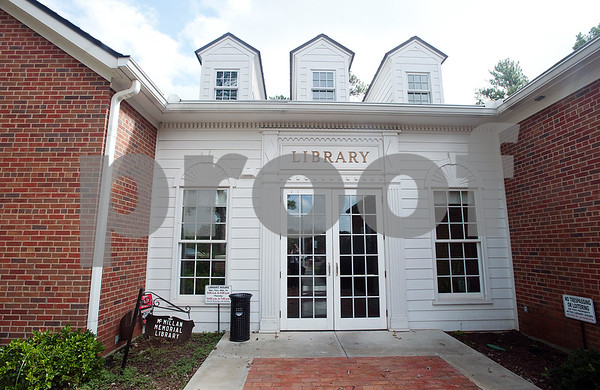 Overton's McMillian Memorial Library, pictured here Wednesday, is  part of the Rusk County Library System.  (Sarah A. Miller/Tyler Morning Telegraph)