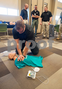 Tyler Police Department officer Josh Darty takes an Emergency Medical Responder (EMR) certification program held on Tuesday Jan. 23, 2018 at South Faulkner Police Station, 574 W. Cumberland Road. The partnership between the Tyler Police Department and East Texas Medical Center trains police officers to provide the initial lifesaving care for patients experiencing emergencies such as cardiac arrest, overdose and traumatic injury.    (Sarah A. Miller/Tyler Morning Telegraph)