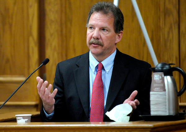 Detective Chuck Heidel takes the stand during Kevin McGregor's trial at the Boulder County Justice Center in Boulder, Colorado January 27, 2012.  McGregor is charged with the murder of Todd Walker in March of 2011. CAMERA/MARK LEFFINGWELL
