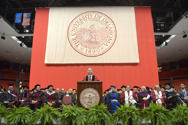 University of Oklahoma President David L. Boren speaks to new OU students Thursday at the Llyod Noble Center during the New Sooner Convocation.<br /> Kyle Phillips/The Transcript