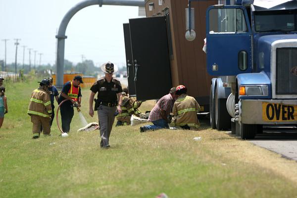 truck fire 1