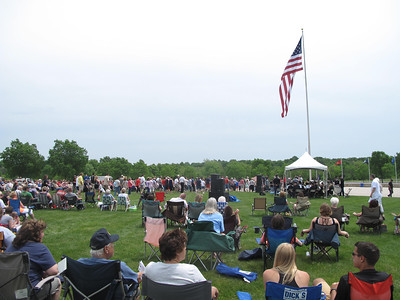 ELIZABETH DOBBINS / GAZETTE About 100 Vietnam veterans and family members lined up to receive an honorary lapel at the Memorial Day Program at Ohio Western Reserve National Cemetery in Rittman.