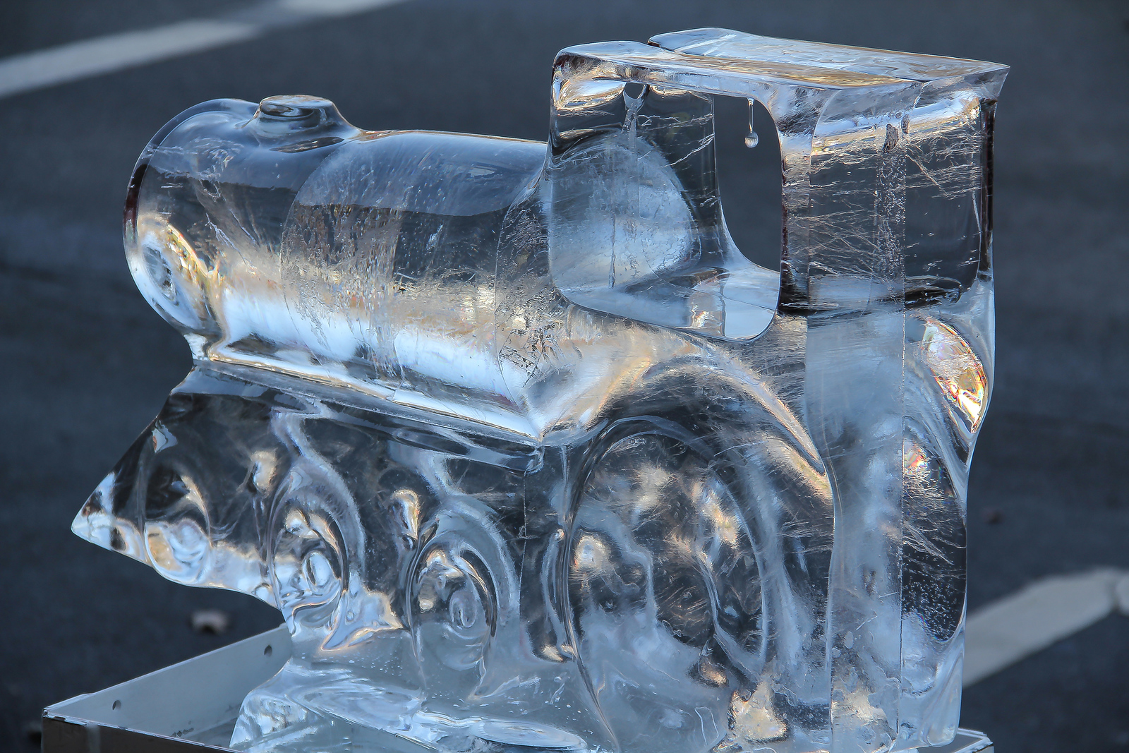 ALEC SMITH / GAZETTE A locomotive was among the ice sculptures on Public Square on Saturday during the 23rd Medina Ice Festival.