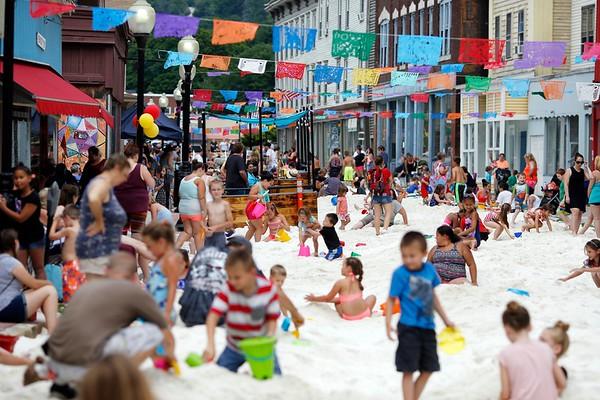 2018 Eagle Street Beach Party-071418