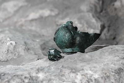 Unique Roman Oil Lamp Uncovered in Jerusalem, Israel