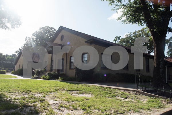 The American Red Cross set up a temporary shelter at Pine Springs Baptist Church.  (Sarah A. Miller/Tyler Morning Telegraph)