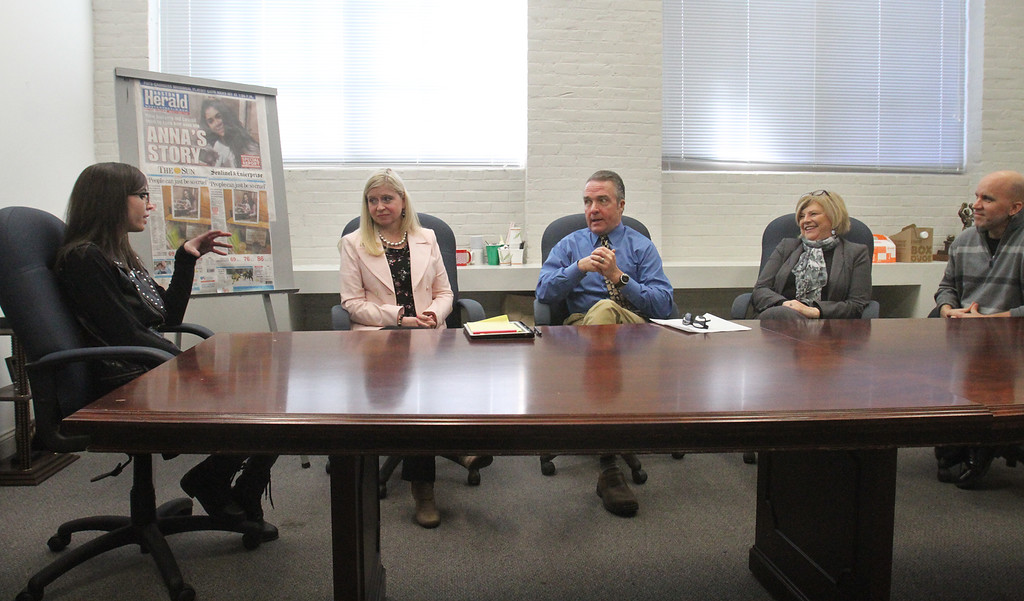 . Forum on school bullying and suicide with, from left, suicide attempt survivor Caitlin Caruso, mental health counselor Denise Peaslee, Sun Enterprise Editor Chris Scott, Samaritans of Merrimack Valley director Debbie Helms, and UTEC CEO Gregg Croteau.  (SUN/Julia Malakie)