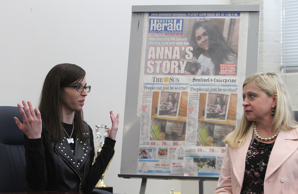 . Forum on school bullying and suicide with, from left, suicide attempt survivor Caitlin Caruso, and mental health counselor Denise Peaslee.  (SUN/Julia Malakie)