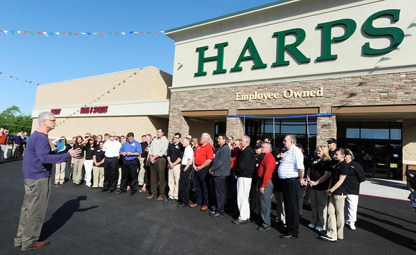 Globe/T. Rob Brown<br /> Harps CEO Roger Collins speaks to the staff Wednesday morning, April 18, 2012, during the Airport Drive store's grand opening.