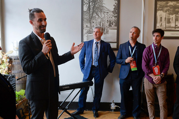 BEN MIKESELL   THE GOSHEN NEWS<br /> Mayor Jeremy Stutsman address the crowd gathered at the Gateway Cellar Winery for the beginning of the 2018 River Bend Film Festival Thursday.