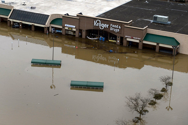 BEN MIKESELL | THE GOSHEN NEWS<br /> The Kroger Grocery Store in the Chicago - Pike Plaza will be closed indefinitely following Wednesday's record-breaking flood in Goshen.