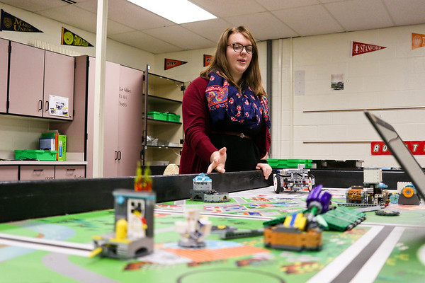 LEANDRA BEABOUT | THE GOSHEN NEWS<br /> Kayla Thompson, 14, explains how competitions work for the Jimtown Junior High School Lego robotics team.
