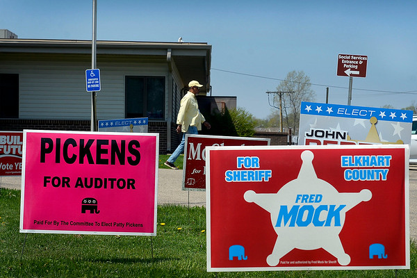 BEN MIKESELL | THE GOSHEN NEWS<br /> Primary election candidate signs line the parking lot during the primary election Tuesday at the Salvation Army in Goshen.