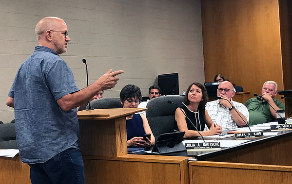 JOHN KLINE | THE GOSHEN NEWS<br /> Myron Bontrager, owner of The Electric Brew in downtown Goshen, shares his thoughts on a proposed comprehensive smoking/vaping ordinance for the city during a meeting of the Goshen City Council Tuesday evening.