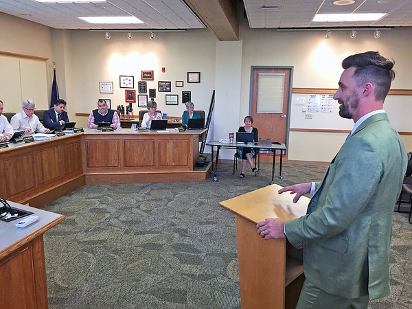 Roger Schneider | The Goshen News<br /> Goshen Mayor Jeremy Stutsman explains to the Goshen school board Monday why an environmental education curriculum is being created.