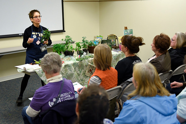 BEN MIKESELL | THE GOSHEN NEWS Guest speaker Marcy Dailey runs through a demonstration Saturday morning with a packed audience Saturday morning during the Elkhart County Garden Expo at the Elkhart County 4-H Fairgrounds.