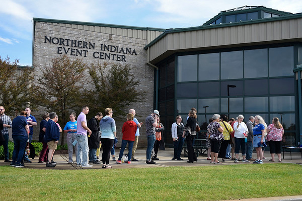 BEN MIKESELL | THE GOSHEN NEWS<br /> The line for senator Elizabeth Warren's event grew as early as 8:30 a.m. Wednesday morning at the Northern Indiana Event Center.