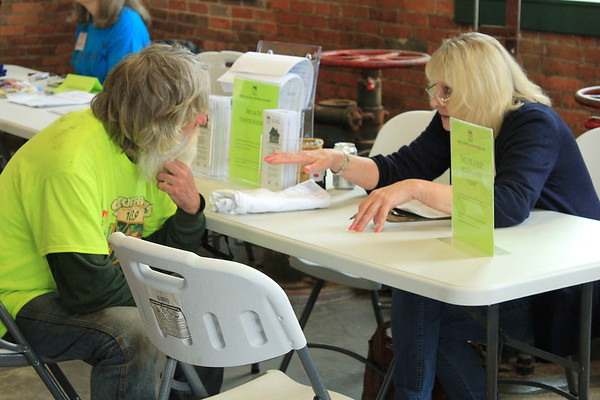 """Roger Schneider 