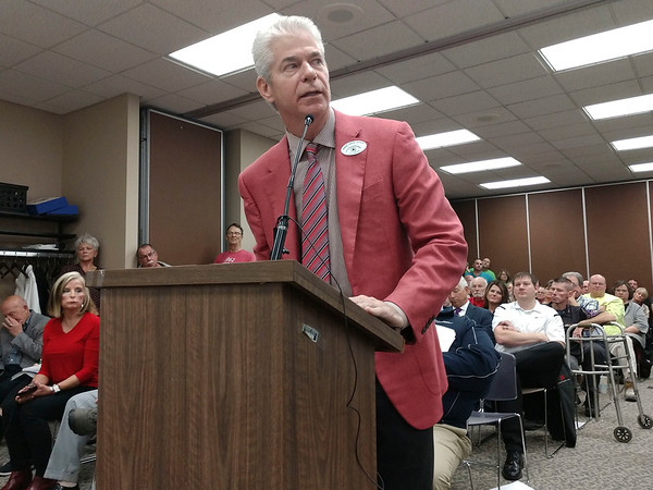 AIMEE AMBROSE | THE GOSHEN NEWS <br /> Richard Boling addresses the Elkhart County Commissioners during Monday's meeting, expressing his opposition to plans to update and expand the Osceola Dragway.