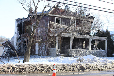 Scene of fire at 29 Andover Road, Billerica, home of Rome Capobianco, who died in the January 21 fire. (SUN/Julia Malakie)
