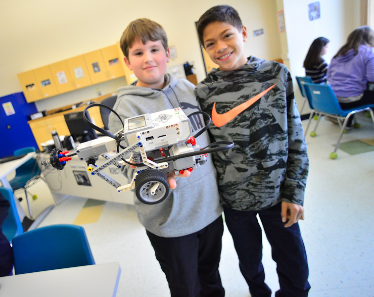 KRISTOPHER RADDER — BRATTLEBORO REFORMER<br /> From learning how to build robots in class to build them in an afterschool club, Hinsdale Middle High School offers various programs to increase STEM (science, technology, engineering, and mathematics) skills.