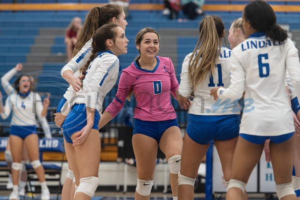 Lindale High School volleyball players celebrate a point during their game against Bullard at Lindale High School on Tuesday, Sept. 29, 2020. No. 2 Lindale swept No. 14 Bullard (25-22, 25-21, 25-20).