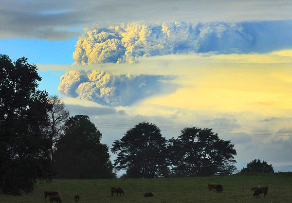 Chile Volcano.JPEG-01848.JPG A column of smoke and ashes comes out from the Puyehue volcano, some 1,100 kilometers south of Santiago, Chile, Saturday, June 4, 2011. Authorities have evacuated about 600 people living nearby the volcano. There have been no reports of injuries. (AP Photo/Martin Iniguez)