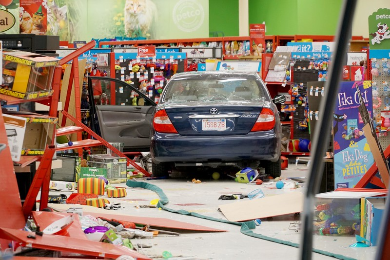 Car crashes into Petco store in Pittsfield