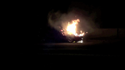 SalemFreewayCarFire-20120921-HD