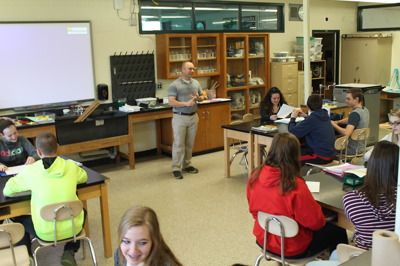 LAWRENCE PANTAGES / GAZETTE Josh Boggs discussed physics properties with his 8th grade science students at Cloverleaf Middle School on Wednesday. Boggs has been named Medina County Teacher of the Year for 2015-16.
