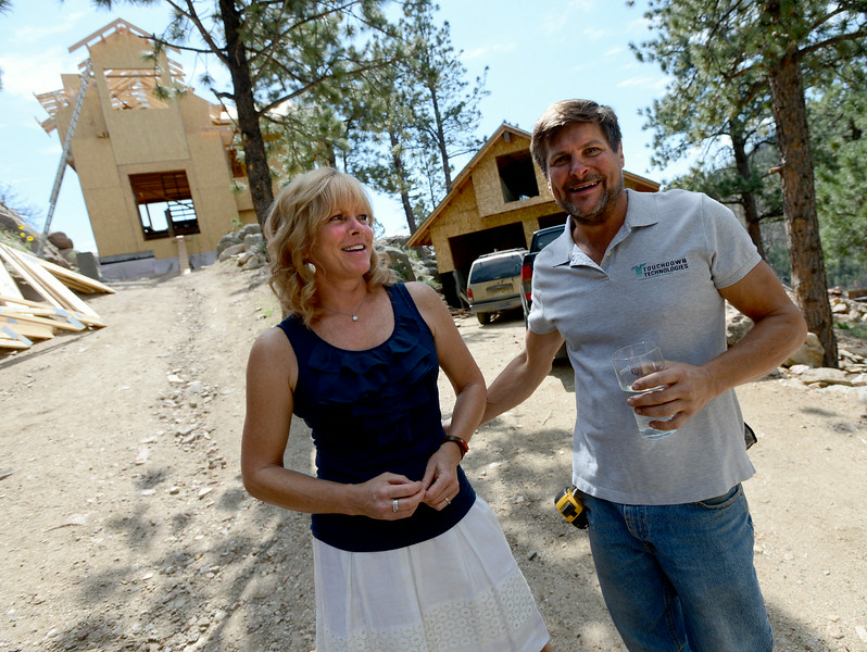 Dwight Jones Rebuilds after Fourmile Fire