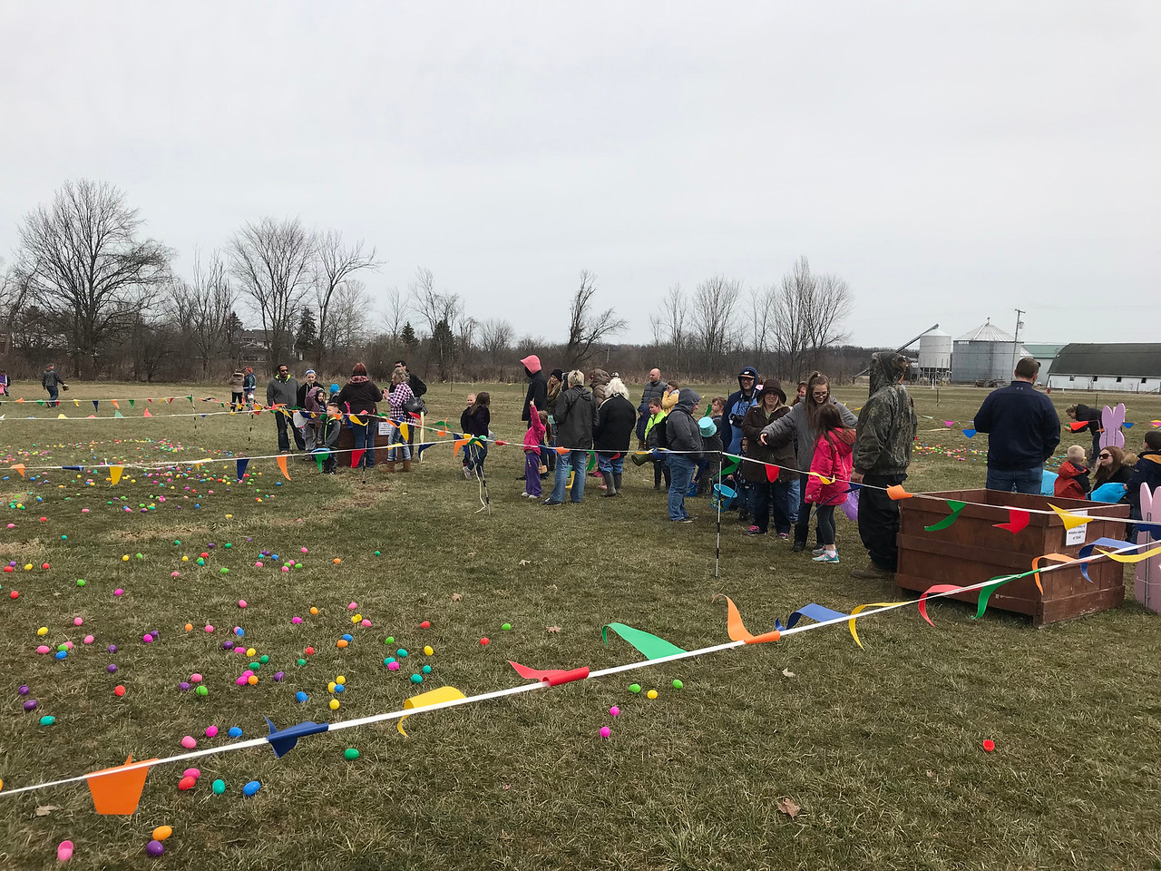 NATHAN HAVENNER / GAZETTE  Kids line up for an Easter egg hunt Saturday at Beriswill Farms, 2200 Station Road, Liverpool Township.