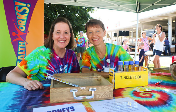LEANDRA BEABOUT | THE GOSHEN NEWS<br /> Mary Welsheimer, left, of Mishawaka, and Jan McGowan, of Granger