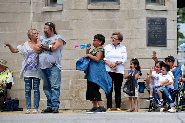 BEN MIKESELL | THE GOSHEN NEWS<br /> Crowds gather on Lincoln Avenue during the 2018 4-H Fair Parade Sunday in downtown Goshen.