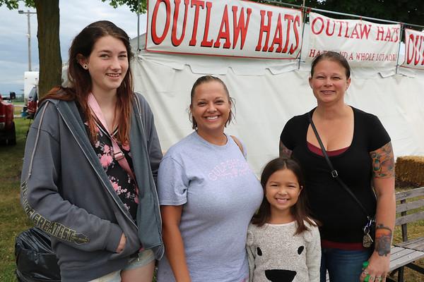 JOHN KLINE | THE GOSHEN NEWS<br /> Hayley Chalk, Cassandra Vu, Mylah Vu, 7, and Cindy Chalk, all of Syracuse