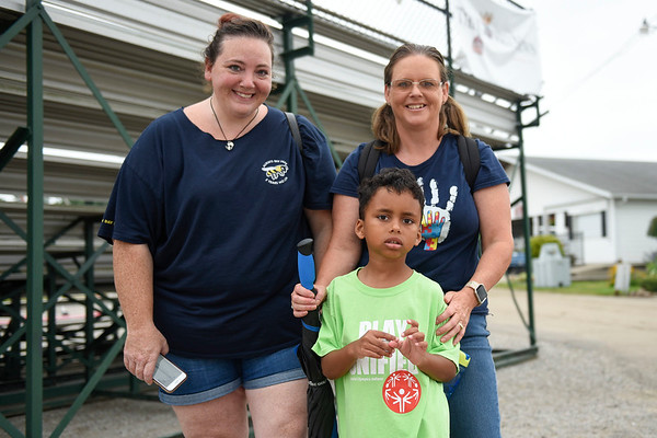 BEN MIKESELL | THE GOSHEN NEWS<br /> Heather Macioce, left, Isaac Porter, 6, middle, and Beth Porter, all of Elkhart.