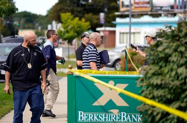 Elm Street bank robbery - 091718