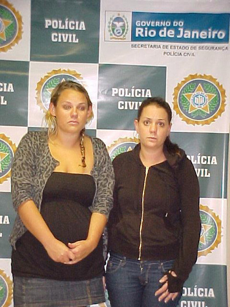 English tourists Shanti Andrews and Rebecca Turner just after being detained in Rio de Janeiro, Brazil (Australfoto/Police handout)