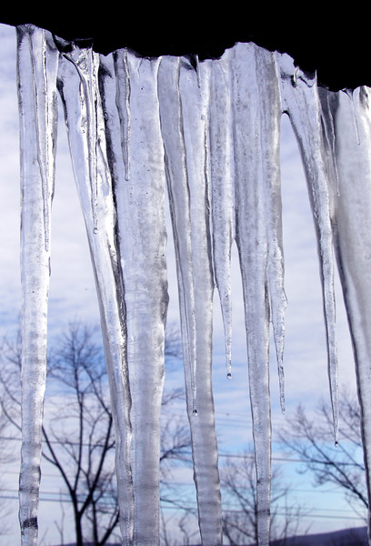 Icicles form on Hairpin turn 11513