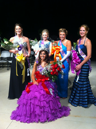SHERRY VAN ARSDALL | THE GOSHEN NEWS<br /> The newly crowned 2014 Elkhart County 4-H Fair queen Sarah Stump, Miss Elkhart County 4-H Swine Club and her court.<br /> From left, First Runner-up and Miss Congeniality, Cassie VanDiepenbos; Second Runner-up, Andrea Kline; Third Runner-up, Jessica Gorden; and Fourth Runner-up, Tori VanDiepenbos.