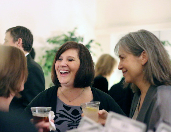 LYNNE ZEHR| THE GOSHEN NEWS<br /> Jen Eberly talks with Julia King, left, and Ann Graber Miller.