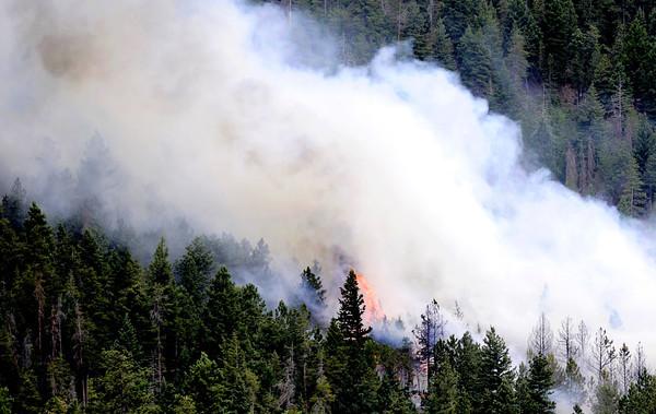0626Fire.jpg Bison Dr fire in Boulder, 2012. CAMERA/ MARK Leffingwell