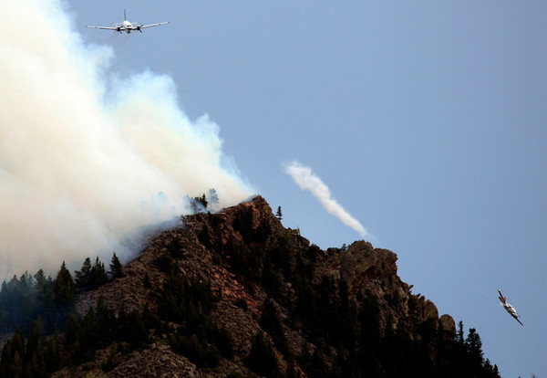 "Tankers work together while fighting the Flagstaff wildfire on Tuesday, June 26, in Boulder. For a video of the fire go to  <a href=""http://www.dailycamera.com"">http://www.dailycamera.com</a><br /> Jeremy Papasso/ Camera"