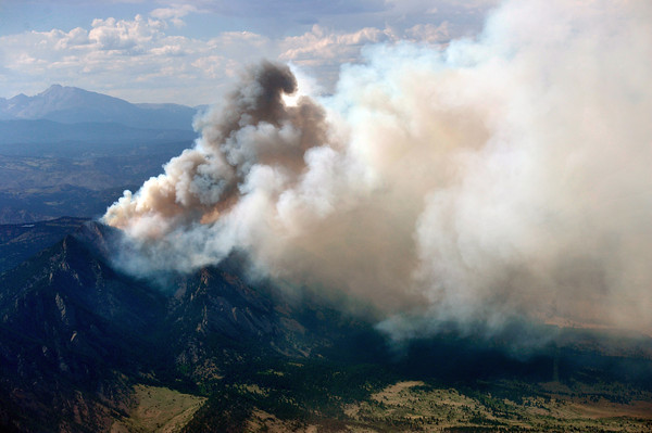 20120626_BOULDER_WILDFIRE_263.jpg A wildfire burns near Flagstaff Road and Bison Drive, Tuesday, June 26, 2012 near Boulder.<br /> (Matthew Jonas/Times-Call)
