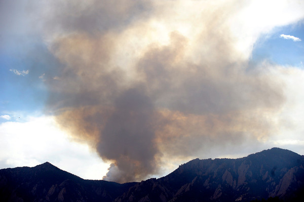 The fire near Bison Drive as seen from Boulder on Tuesday June 26, 2012. <br /> Photo by Paul Aiken / The Boulder Camera